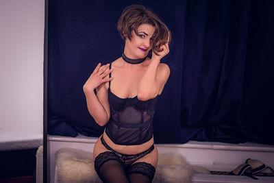Christie Barker - Escort Girl from Bellevue Washington