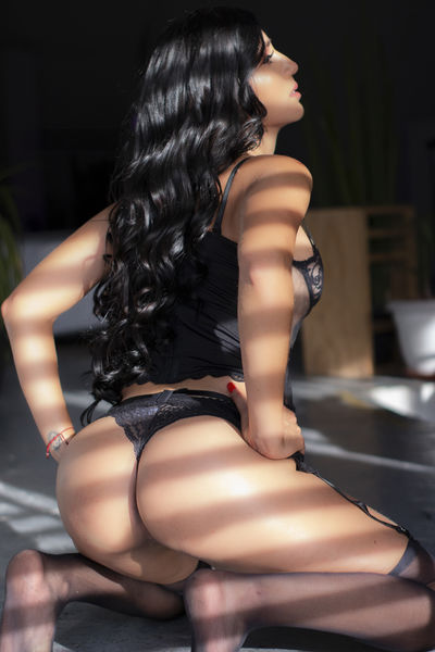 M Jlife - Escort Girl from Murfreesboro Tennessee