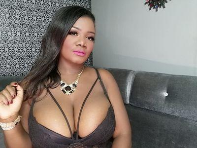 Elvira Johnson - Escort Girl from Midland Texas