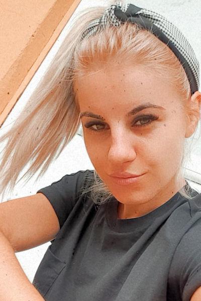 Debra Russ - Escort Girl from Allentown Pennsylvania