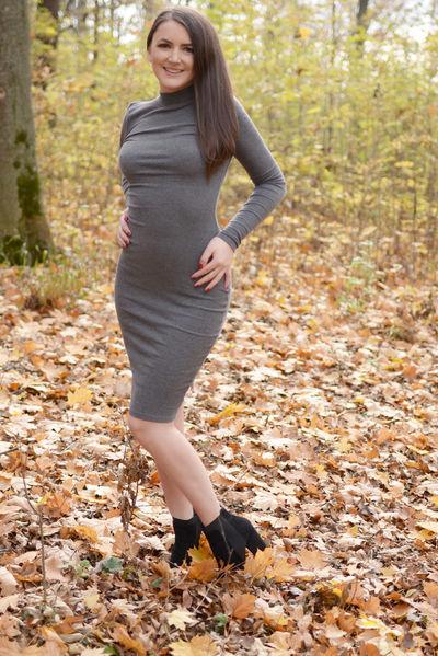 Scarlett Hayes - Escort Girl from High Point North Carolina