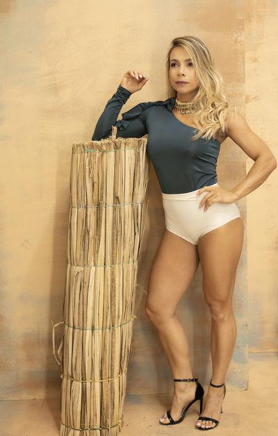 Linda Mayton - Escort Girl from Moreno Valley California