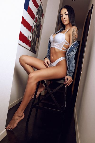 Anysa Koleva - Escort Girl from Kansas City Kansas