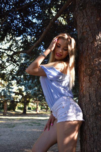 Aria Quin - Escort Girl from Thornton Colorado