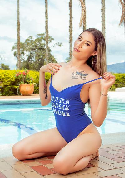 Kelly Levan - Escort Girl from Long Beach California