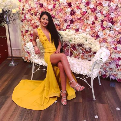 Catherine CM - Escort Girl from Hialeah Florida