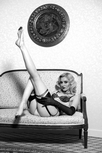 Donna Morones - Escort Girl from Murrieta California