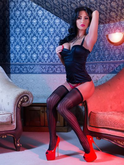 Jackie Cloud - Escort Girl from Naperville Illinois