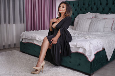 Ella Miles - Escort Girl from New Haven Connecticut