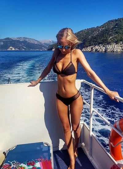Eva Devine - Escort Girl from Hialeah Florida