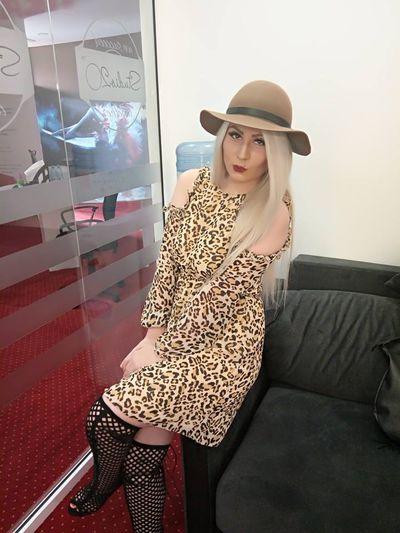 Madonna Darling - Escort Girl from Fremont California