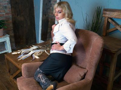 Terry Moore - Escort Girl from Moreno Valley California