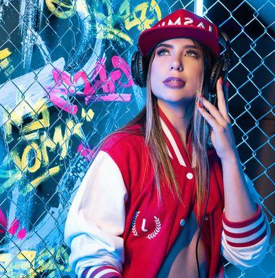 Hanna Giraldo - Escort Girl from Rochester New York