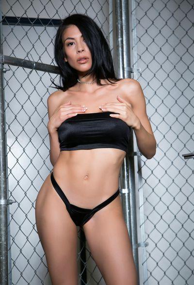 Heather Vahn Cam - Escort Girl from Hayward California