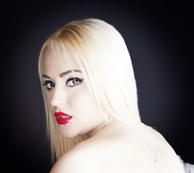 Esther Bradshaw - Escort Girl from Amarillo Texas