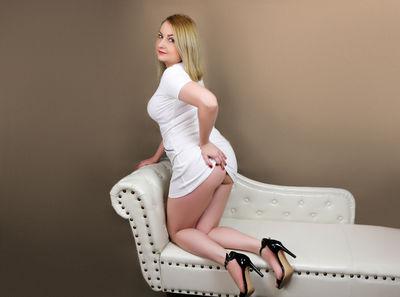 Leah Leon - Escort Girl from Fayetteville North Carolina