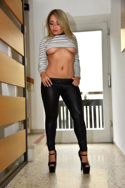 Rachel Mazur - Escort Girl from Newark New Jersey