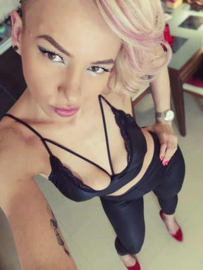 Luly Hailey - Escort Girl from Brownsville Texas