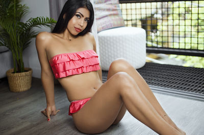 Petite Escort in Miami Florida