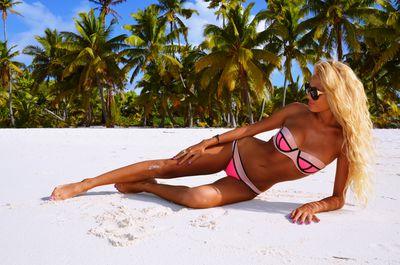 Estelle Johns - Escort Girl from Miami Gardens Florida