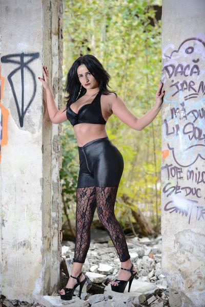 Medeea Dom - Escort Girl from Nashville Tennessee