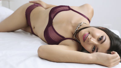 Cornelia Moses - Escort Girl from Hayward California