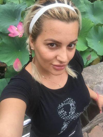 Mia Ivy - Escort Girl from Naperville Illinois