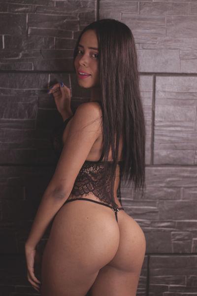 Mia Vegga - Escort Girl from League City Texas