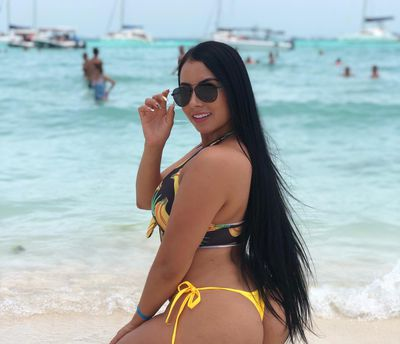 Marilyn Quan - Escort Girl from Cleveland Ohio