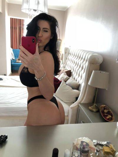 Pamela Floren - Escort Girl from Hialeah Florida