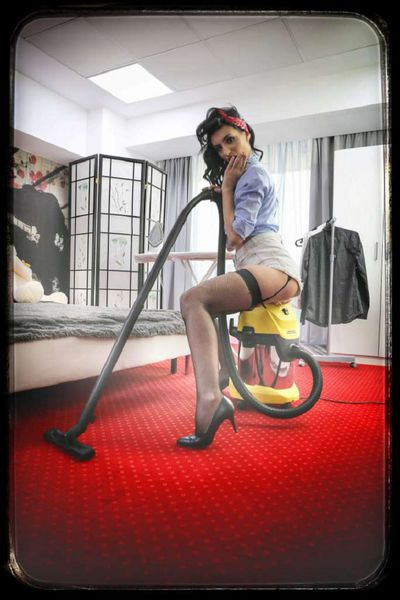 Monica Rivenburg - Escort Girl from Salinas California