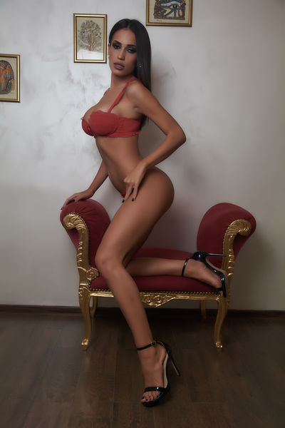 Ruth Preston - Escort Girl from Los Angeles California