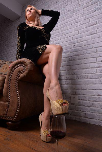 Sandra Dias - Escort Girl from Lexington Kentucky