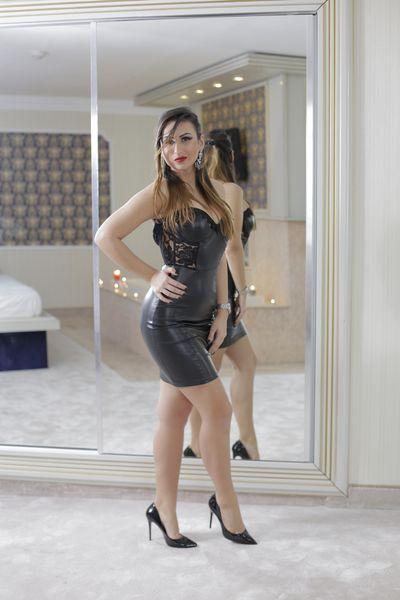 Ana Driver - Escort Girl from Fayetteville North Carolina