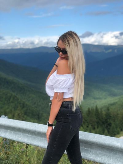 Mary Steinhoff - Escort Girl from New Haven Connecticut