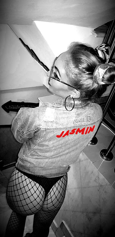 Jane Kinder - Escort Girl from El Cajon California