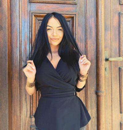 Gail Brown - Escort Girl from Long Beach California