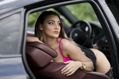 Robbin Mena - Escort Girl from Denton Texas