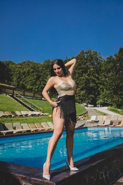 Victoria Junes - Escort Girl from Lexington Kentucky