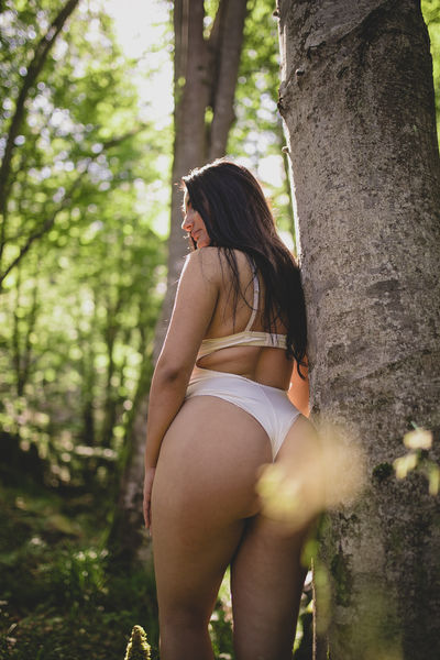 Jess Jones - Escort Girl from Orange California