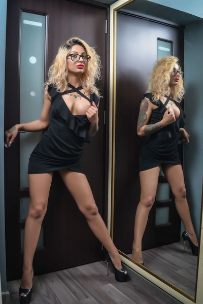 Adele Ruso - Escort Girl from Las Cruces New Mexico