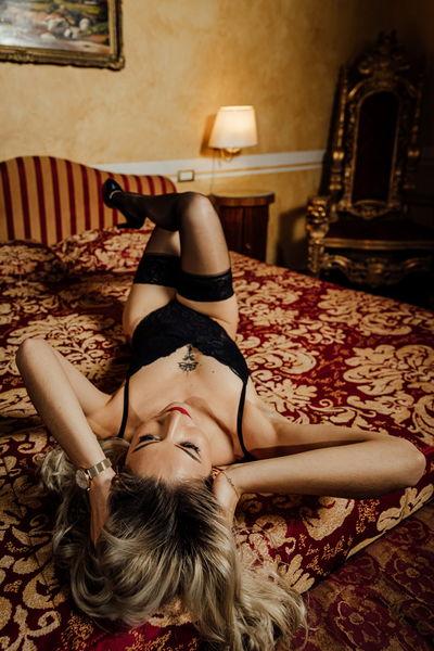 Anastasia Blaze - Escort Girl from Naperville Illinois