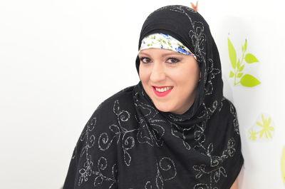 Azra Muslim - Escort Girl from Naperville Illinois