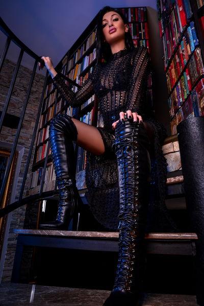 Azteka De Ville - Escort Girl from New Orleans Louisiana