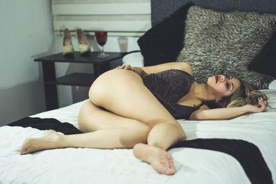 Cloe Moretz - Escort Girl from Los Angeles California