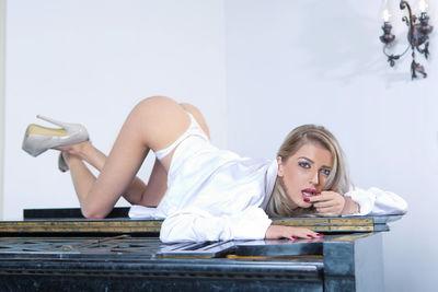 Divinee Angel - Escort Girl from Nashville Tennessee