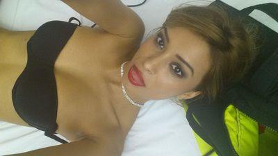 Honeey Bee - Escort Girl from Miami Gardens Florida