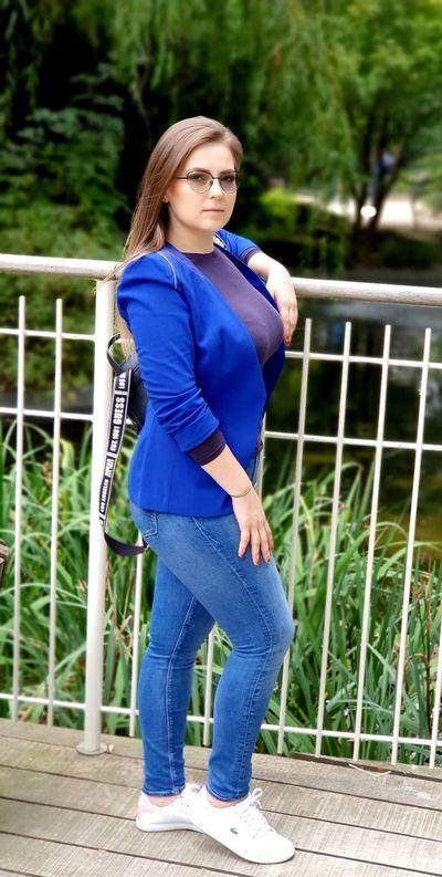 Izabelle Hill - Escort Girl from Midland Texas