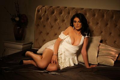 Jessie Dawnie - Escort Girl from Naperville Illinois