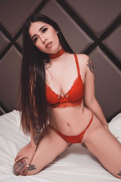 Julieta Sanz - Escort Girl from Montgomery Alabama